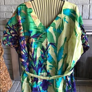 Tunic patterned top